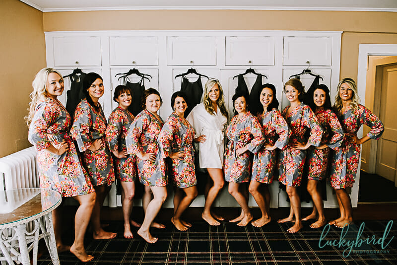 bridesmaids getting ready at carranor