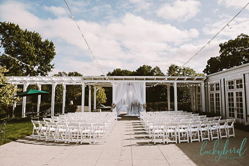 outdoor ceremony at carranor