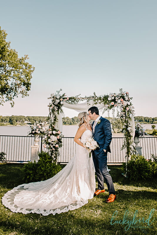 bride and groom at toledo country club wedding