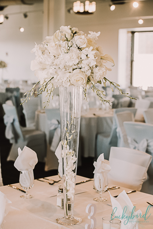 your perfect day flowers at hensville wedding