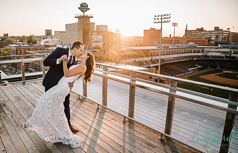 fleetwoods wedding photography in downtown toledo