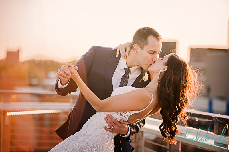 bride and groom sunset rooftop wedding photo at fleetwoods