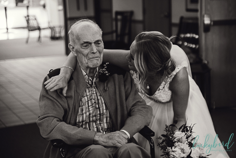 bride and grandfather on wedding day