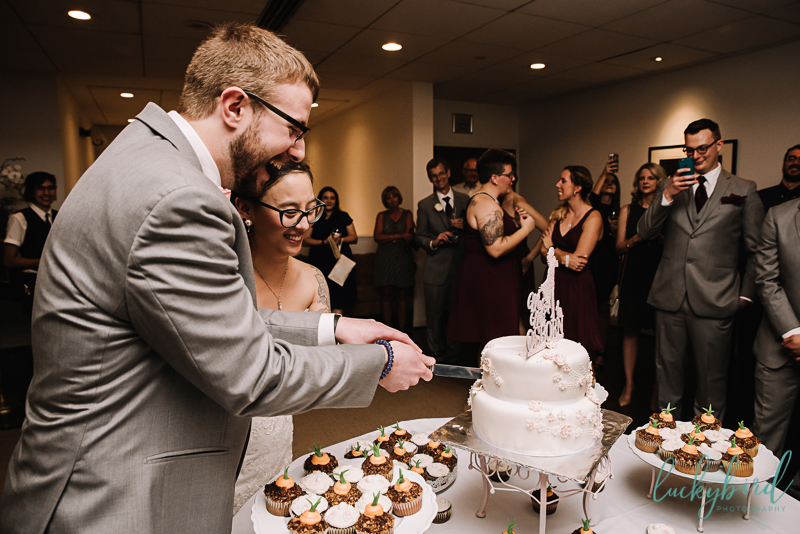 belmont country club cake cutting