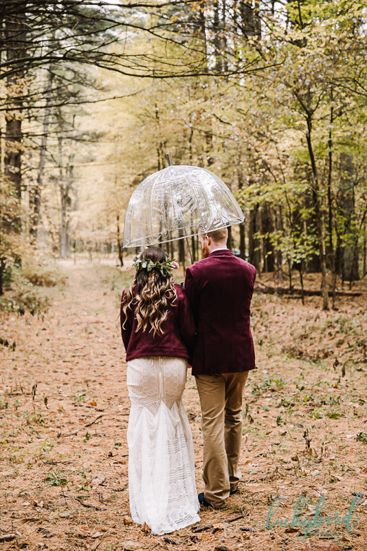 fall wedding photos at the stables