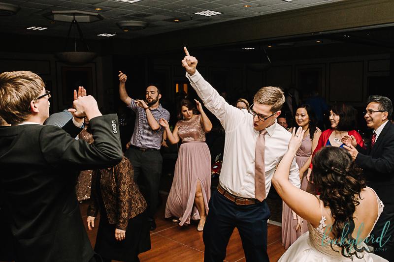 wedding dancing in perrysburg