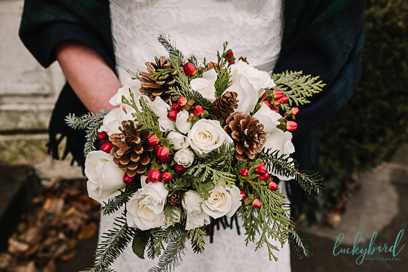 bartz viviano winter bouquet with pinecones