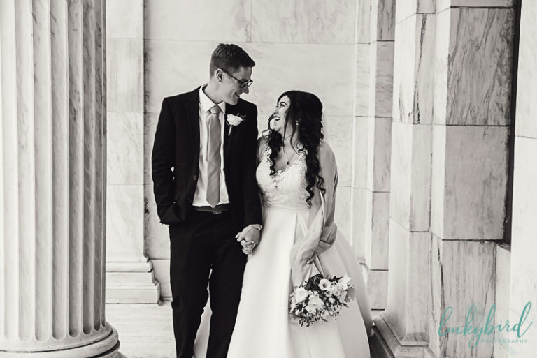 bride and groom at the toledo museum of art