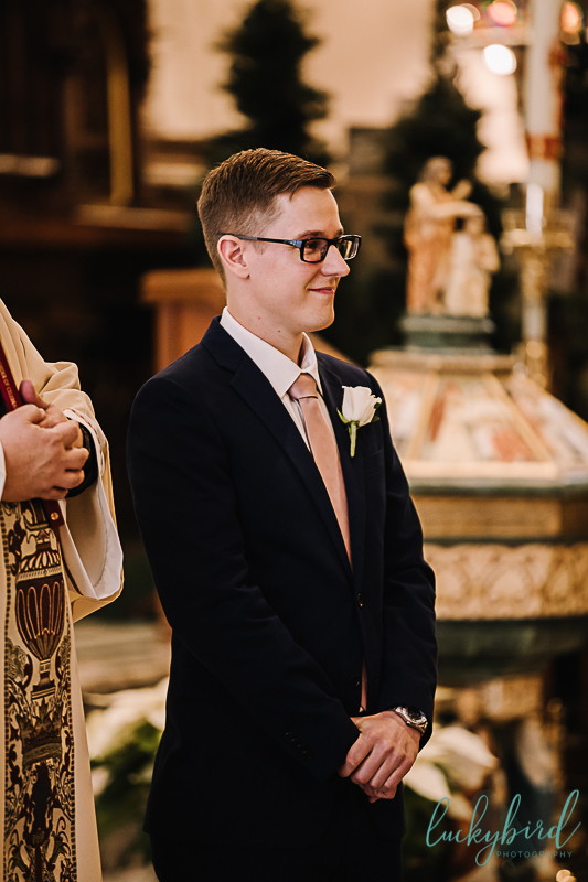 groom seeing bride at st pats toledo