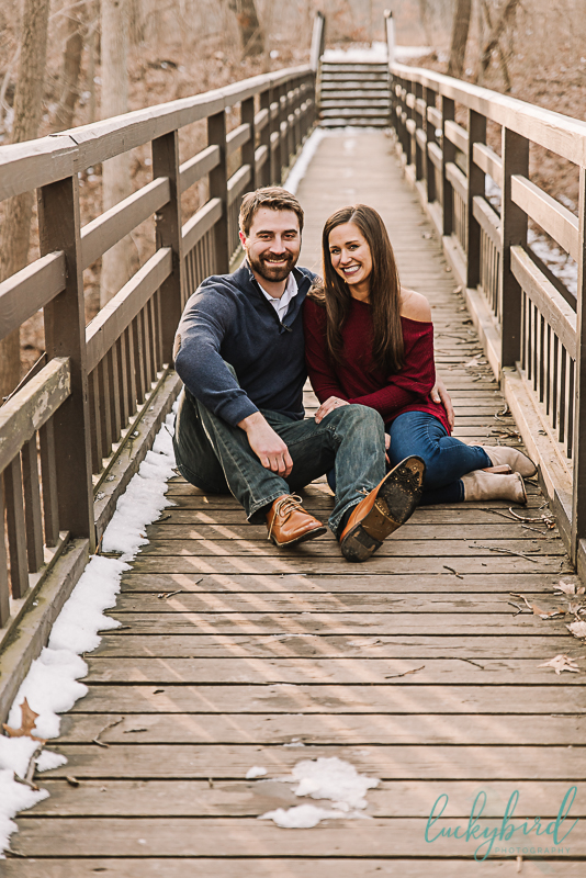 boardwalk-bridge-engagement-photo-at-wildwood-park