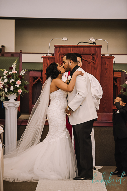 first kiss toledo wedding ceremony