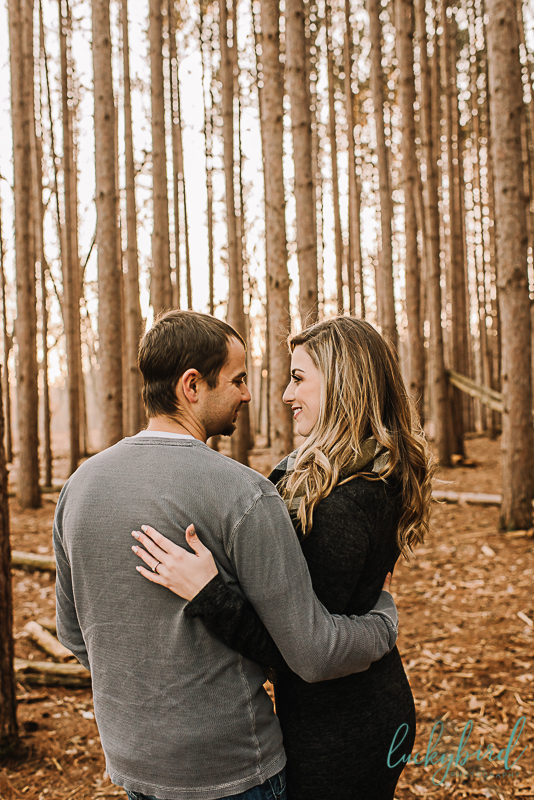 outdoor engagement photos at oak openings