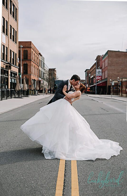 wedding photo hensville street road