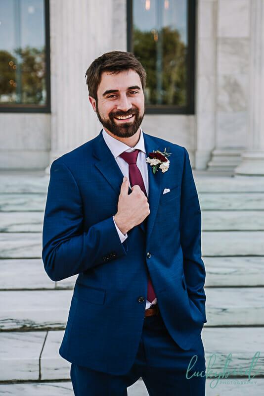 groom at the toledo museum of art