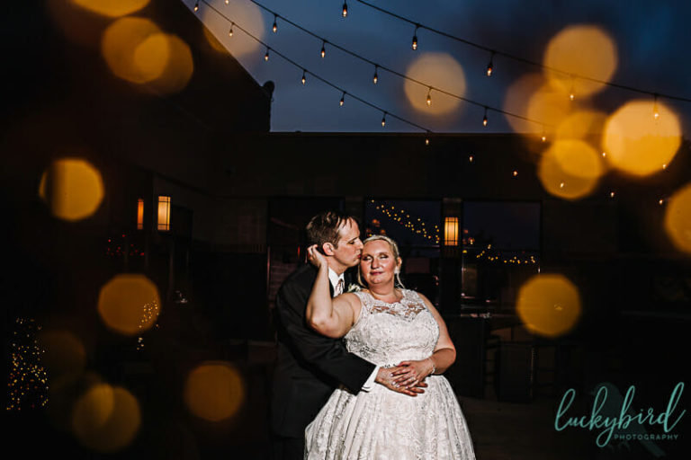 night wedding photo at the pinnacle maumee