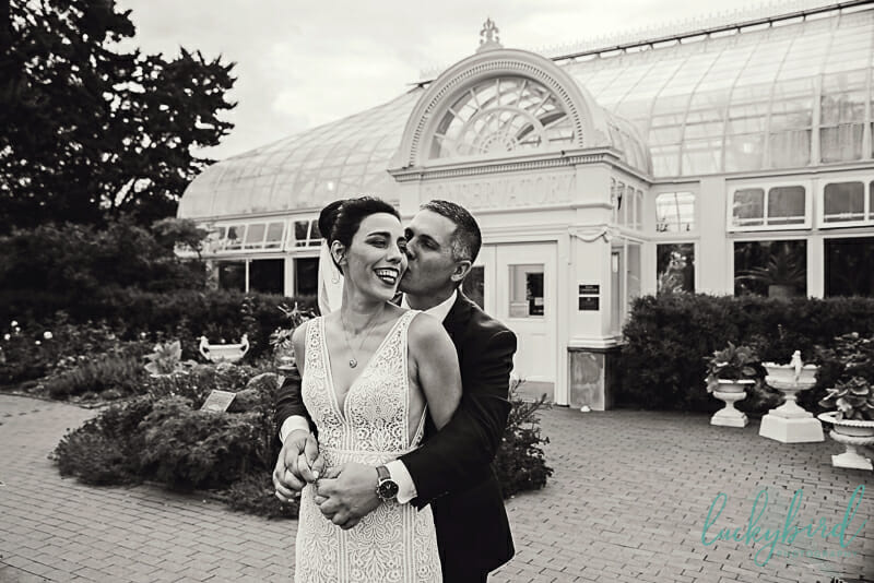 toledo zoo conservatory wedding photo