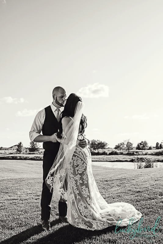 veil wedding photo stone ridge country club