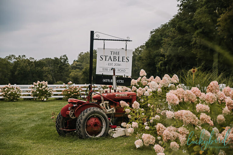 the stables whitehouse wedding
