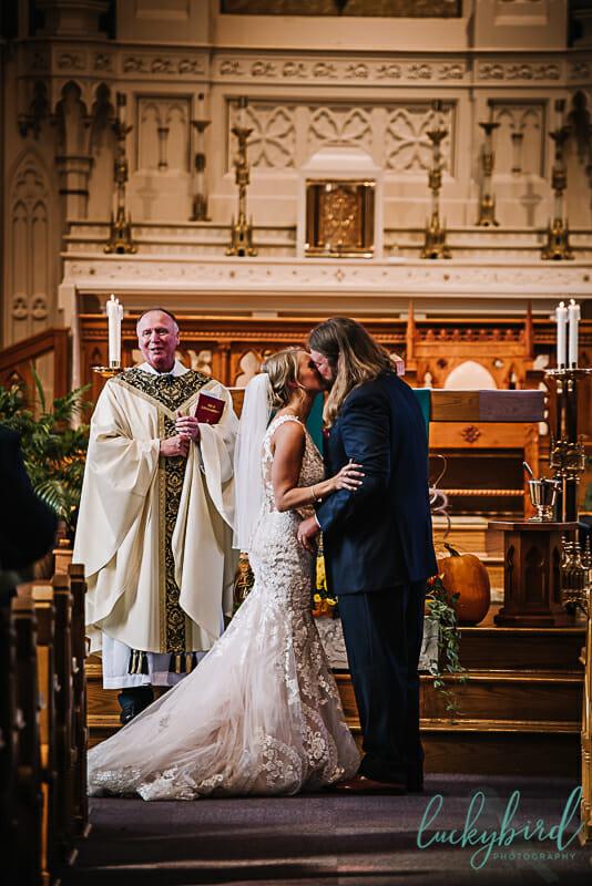 first kiss at st rose church perrysburg