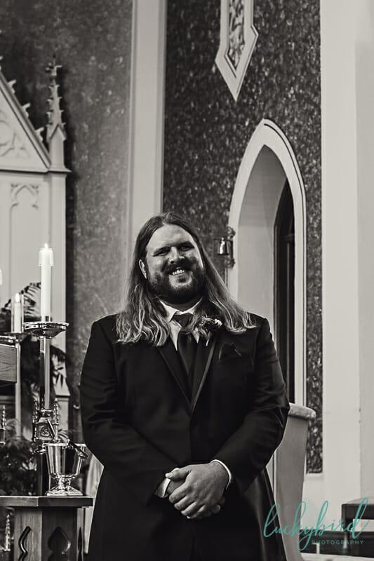 groom seeing bride at st rose perrysburg