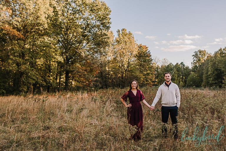wildwood engagement photos in field