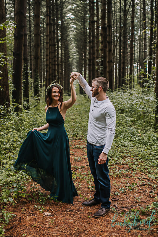 engagement photos at the spot oak openings