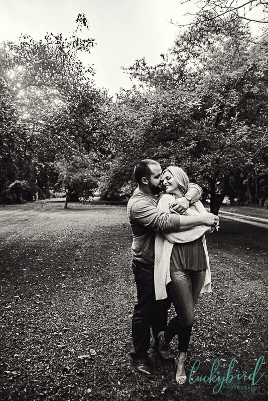 cute engagement photos at put in bay