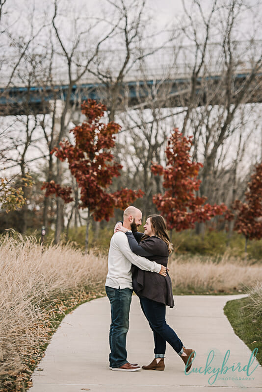 fall engagement session at middlegrounds park