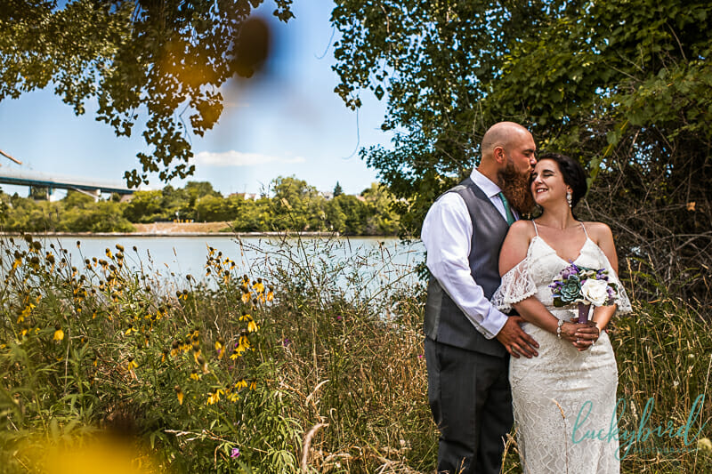 intimate wedding at middlegrounds park toledo