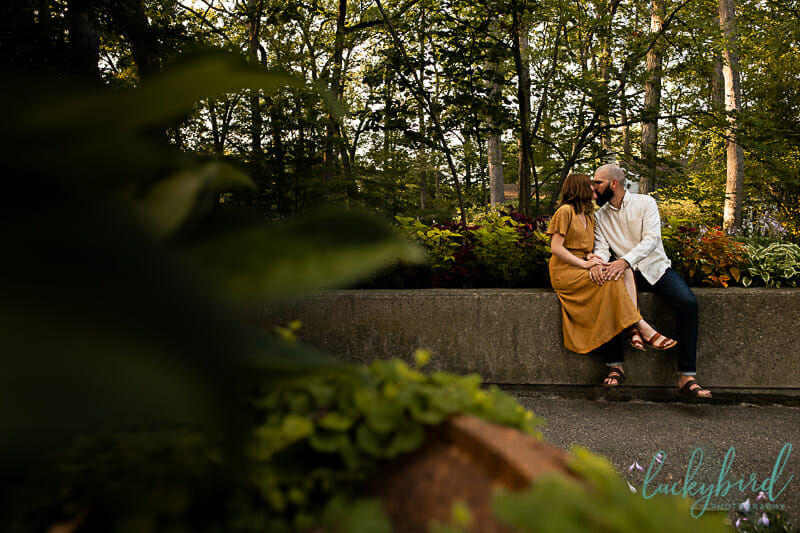 engagement photos in the fall at toledo botanical garden