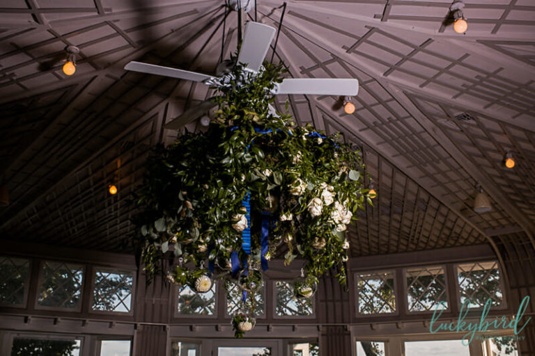 floral chandelier at toledo country club