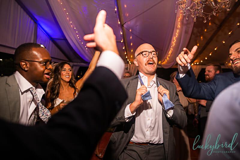 fun dancing during perrysburg wedding