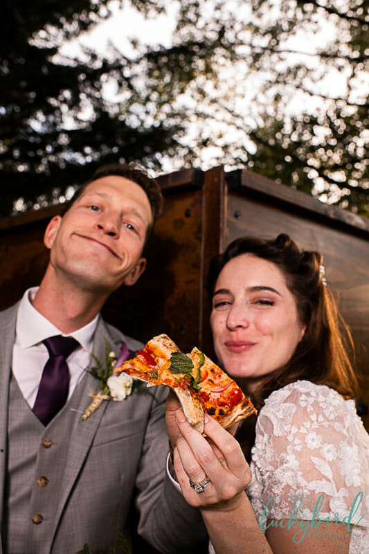 pizza wedding photo with vintage couple