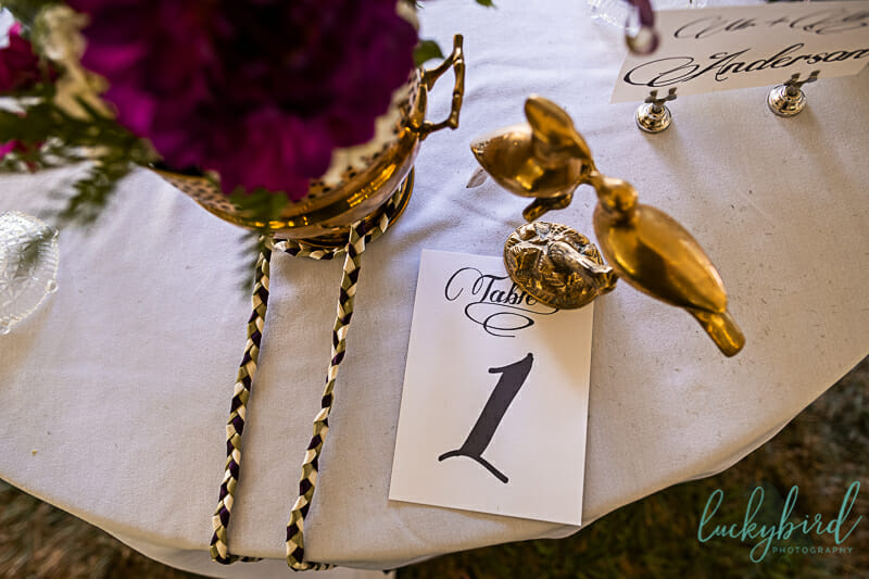 vintage decorations for wedding reception table