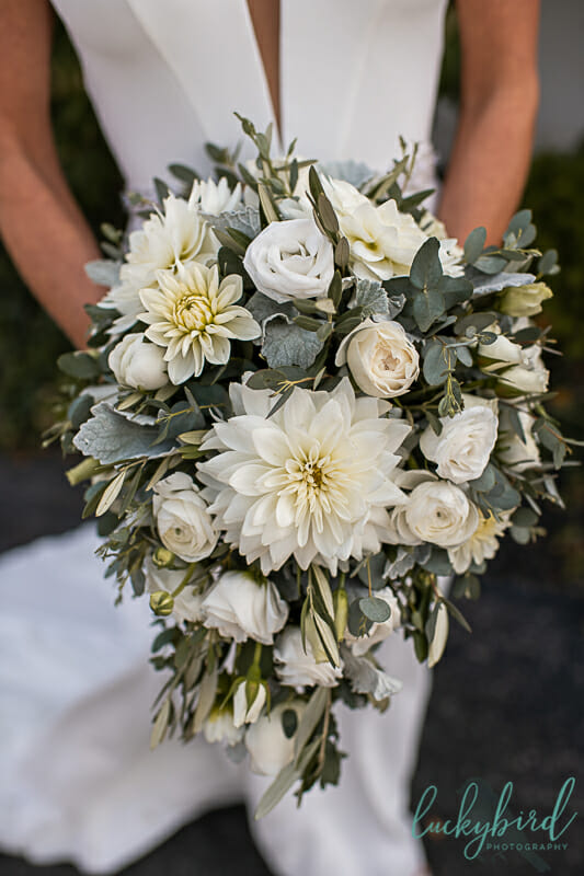 bartz viviano green and white fall bouquet