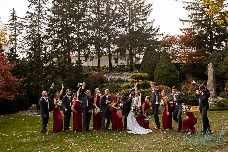 bridal party at schedel gardeens