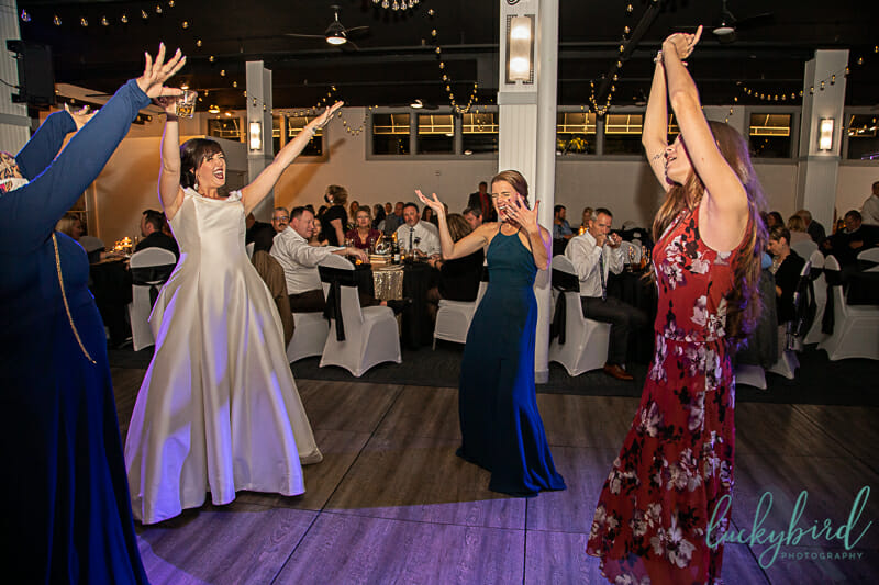 dancing during summit toledo wedding