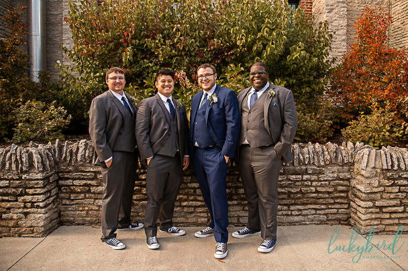 groom and groomsmen toledo zoo