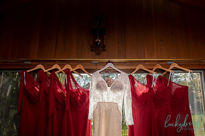 wedding dresses hanging at schedel gardens