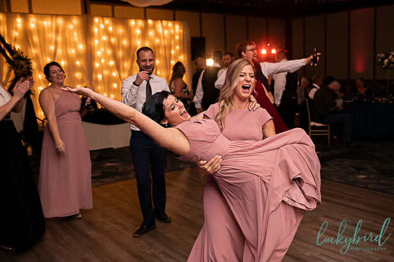 fun dancing at renaissance toledo wedding receptionfun dancing at renaissance toledo wedding reception