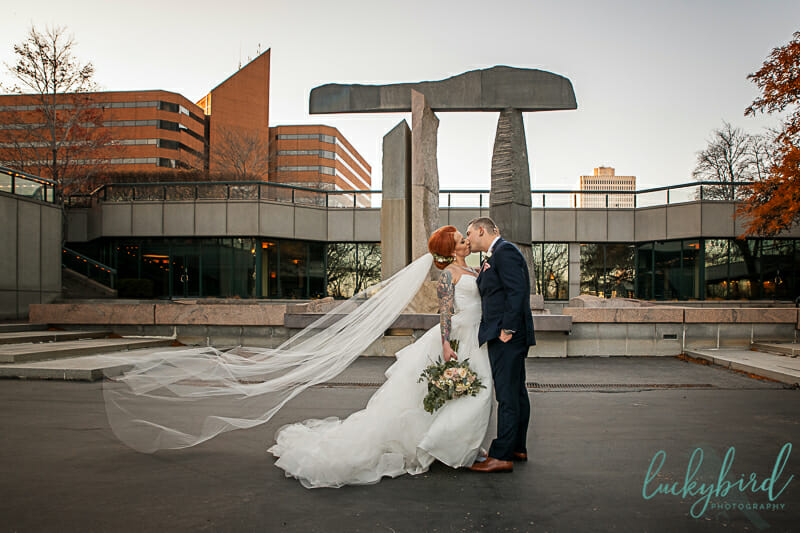 renaissance toledo outdoor wedding photos