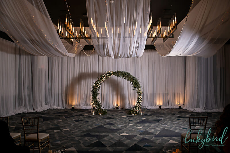 ceremony arch at renaissance toledo