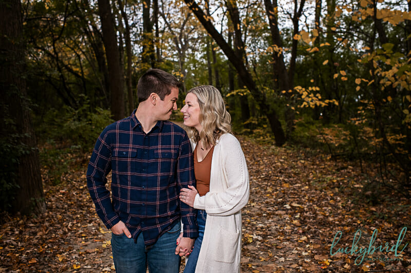 toledo park engagement photos in the fall