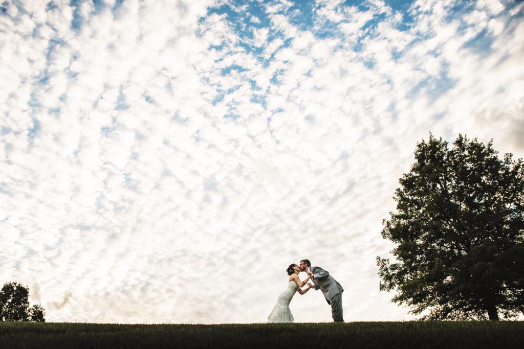 belmont country club perrysburg wedding photo