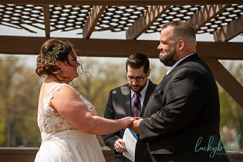 bride and groom olander park outdoor ceremony