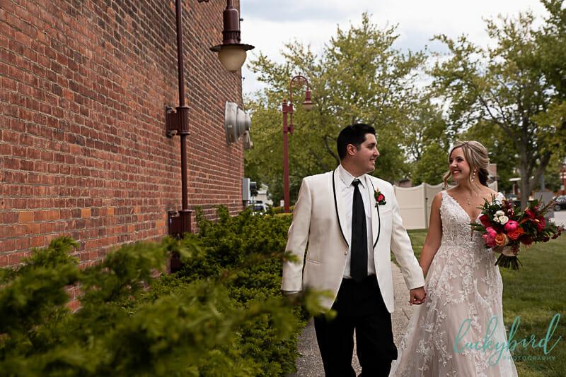 downtown maumee wedding photo