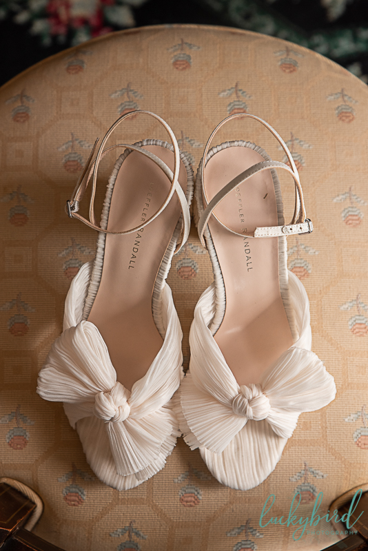 wedding shoes at toledo country club