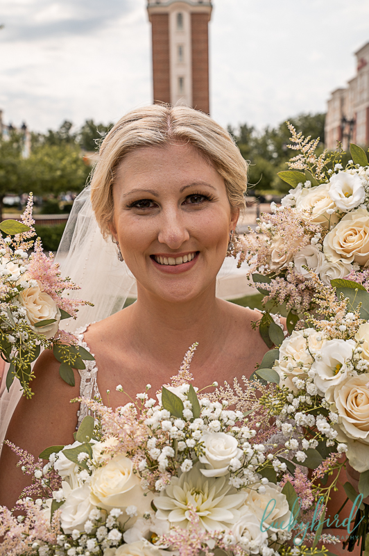 bride and beautiful blooms by jen bouquets