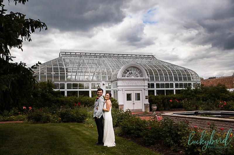 toledo zoo conservatory wedding photos
