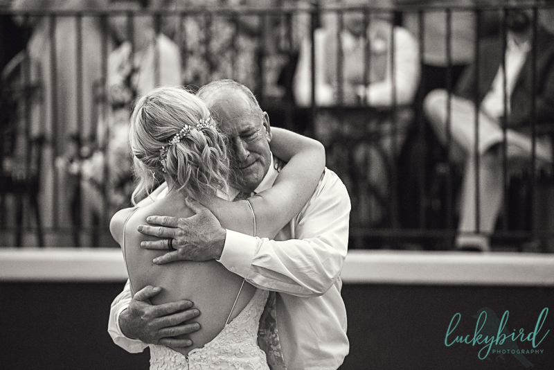 father-daughter-dance-at-toledo-country-club-wedding